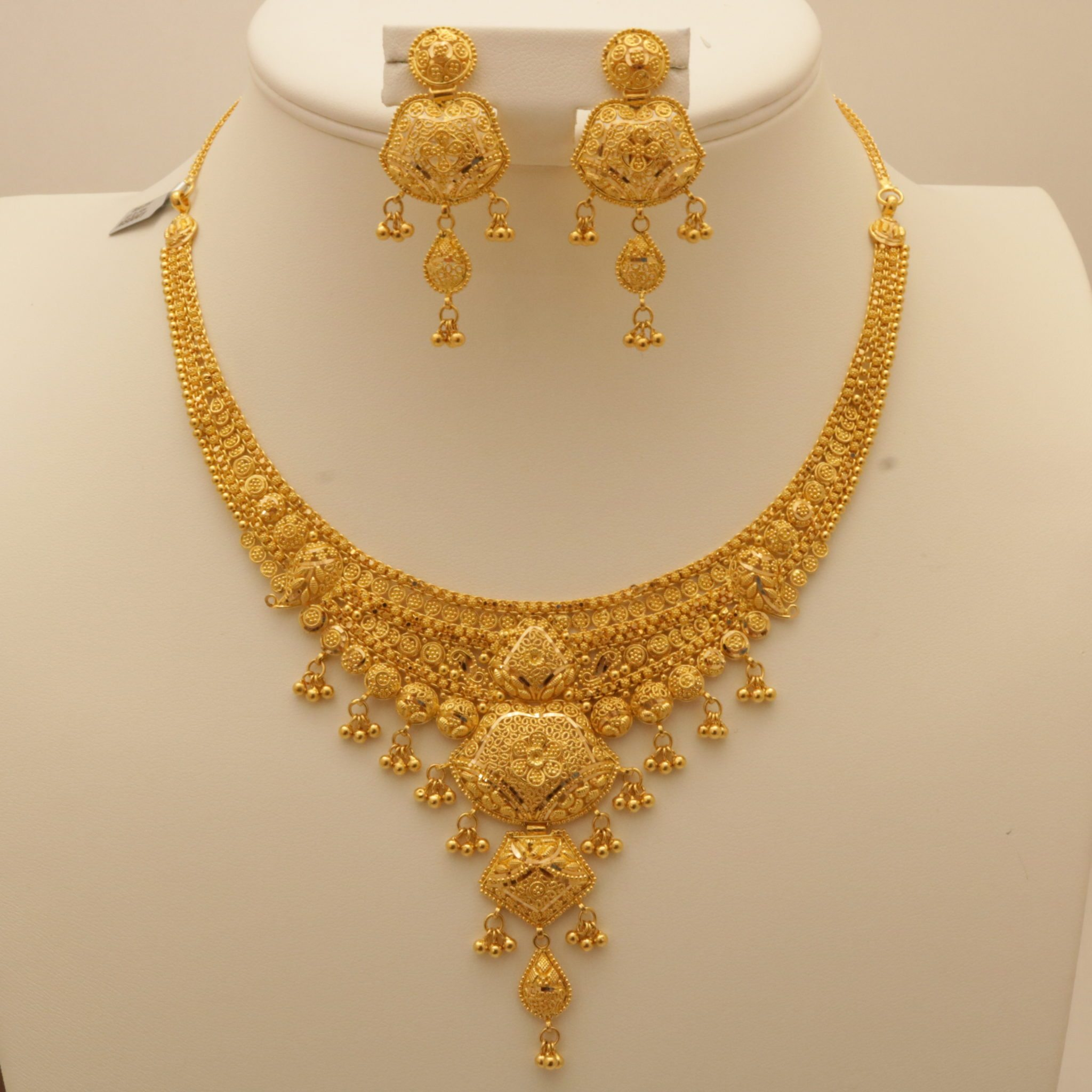 belliappa ethnic on indian pin gold pinterest and by necklace rishika india diamonds jewelry