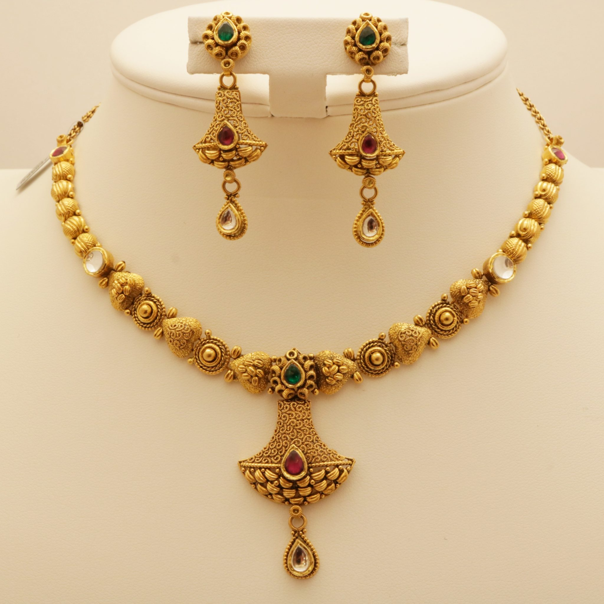 necklace pearl sahiba bali antique tikka round chand set product accessories gold